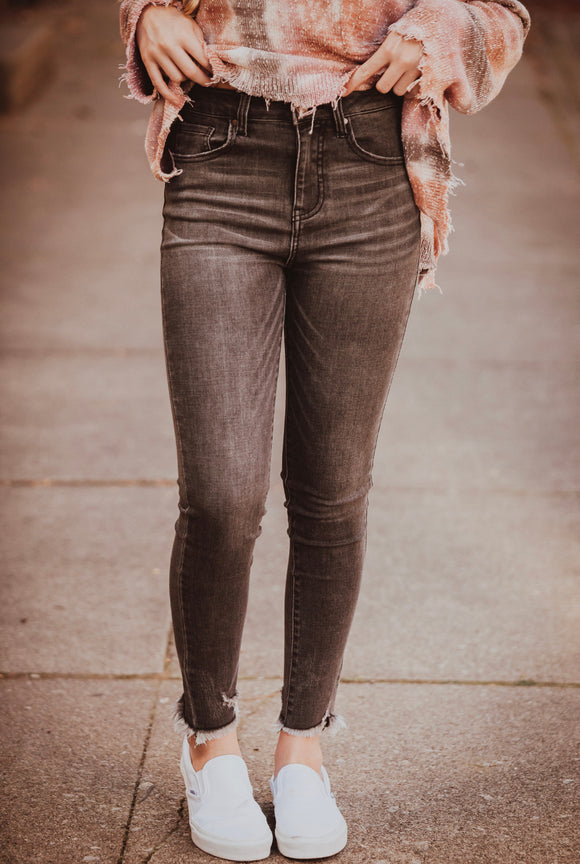 Ryan Frayed Hem Ankle Skinny Dark Grey
