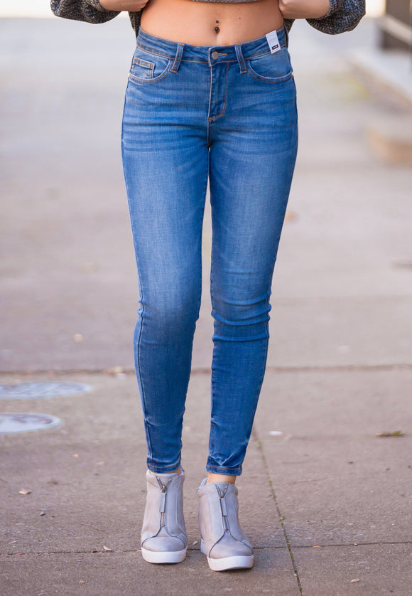 Pin-Tacked No Destroy Judy Blue Skinny