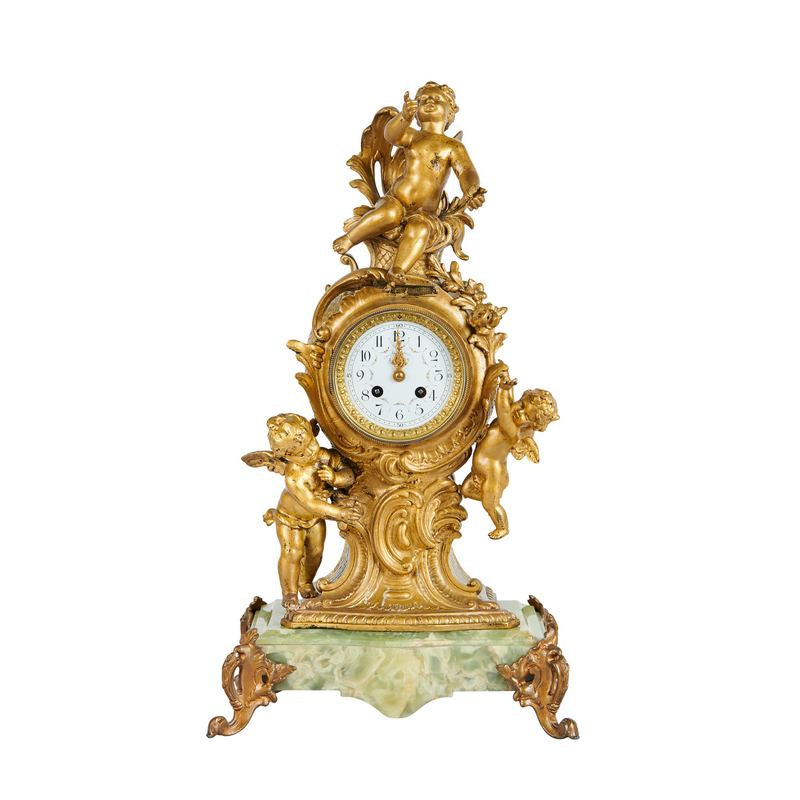 Paris Ormolu Chérubin Gilt Bronze and Onyx Mantle Clock