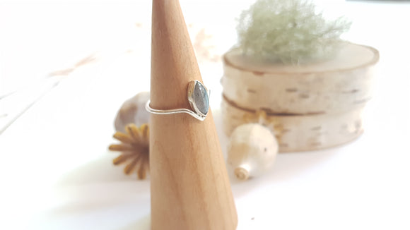 Marquise cut Labradorite Sterling Silver Ring