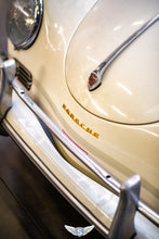 Load image into Gallery viewer, Porsche 356 A Cabrio T2 '59 White-Tan