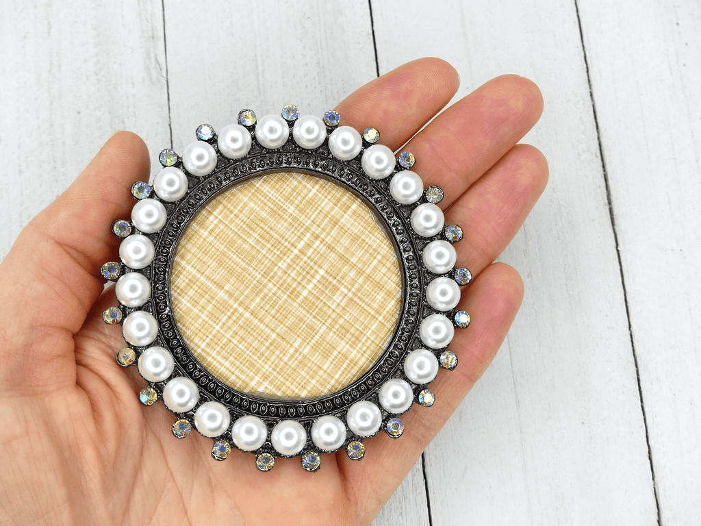Nail Art Display Plate - Big Pearls, Black Round - My Little Nail Art Shop