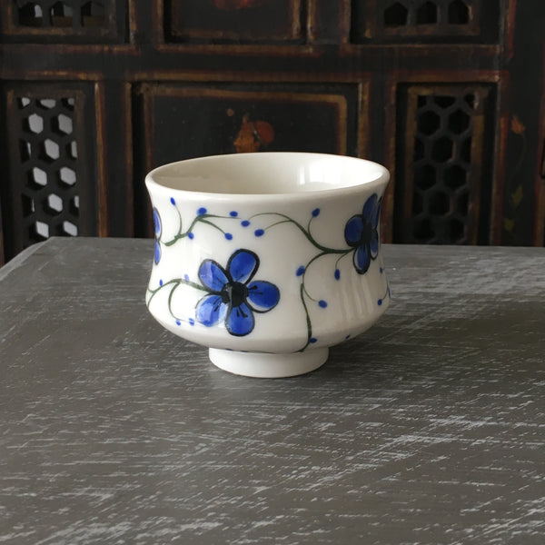 Blue Plumflower Tea Bowl / Large Sake Cup