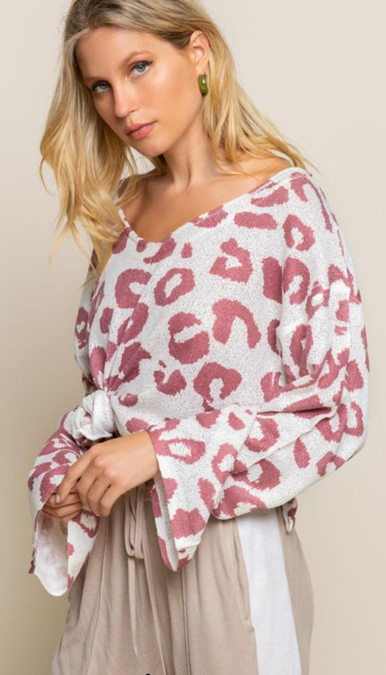 Raspberry Leo Lightweight Sweater