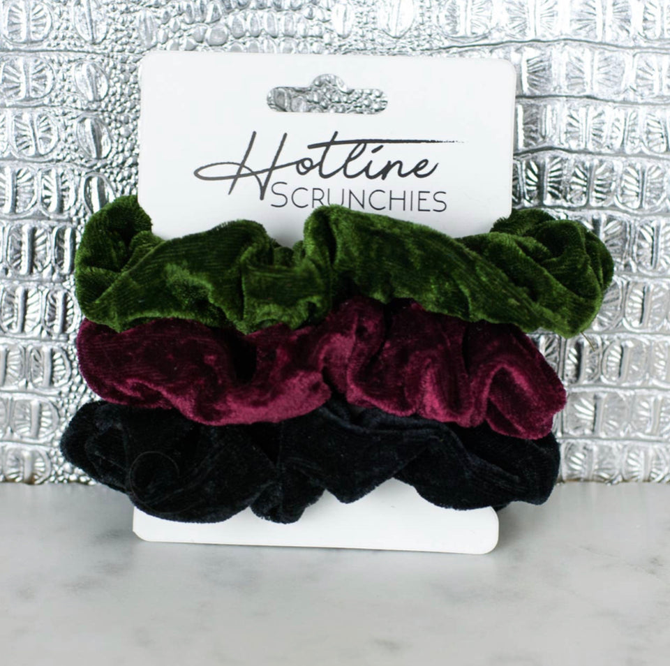 Holly Scrunchie Set
