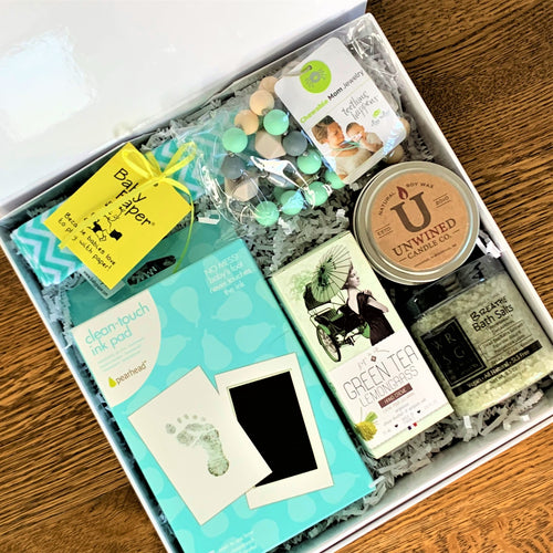 Mommy & Me Gender Neutral Box