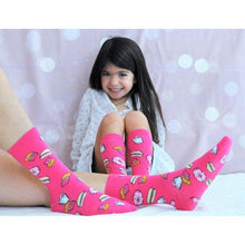 Load image into Gallery viewer, Mommy & Me Pink Snacks Matching Socks 4-6 Yrs