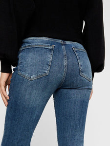 SHEILA CROPPED JEANS
