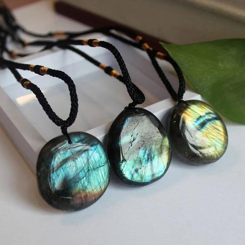 Healing Natural Labradorite Stone Pendant Necklace Energy Rough Moonstone Raw Gemstone