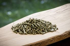 Terra Products - Dehydrated Alfalfa Pellets for Guinea Pigs, Rabbits, and More Small Animal Pets