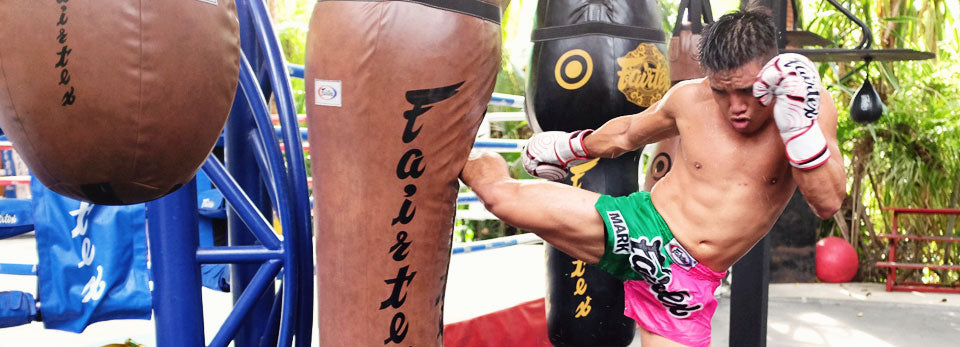 Best Boxing Gloves for Beginners - Gymzey Guide