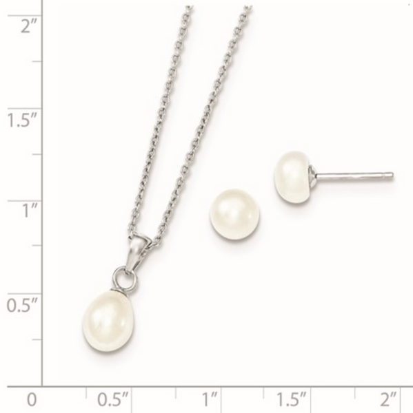 Freshwater Pearls and Silver Set