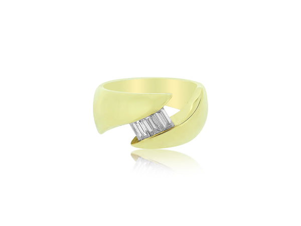 Gold and Baguette Diamond Ring