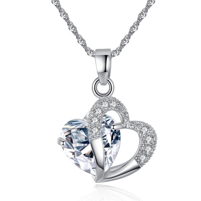 Chic Twisted Silver Necklace With Crystal Heart