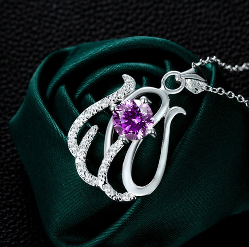 Chic Necklace with Amethyst Coloured Crystal