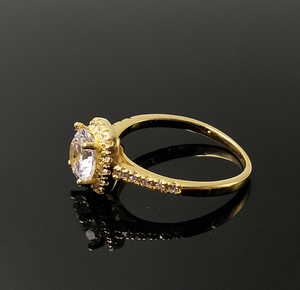 Chic Golden Ring with Crystal Chunk