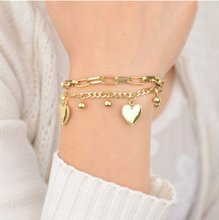 Load image into Gallery viewer, Hearts Charm Bracelet Gold