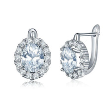 Load image into Gallery viewer, Minimal Silver Classic Sparkle Studs