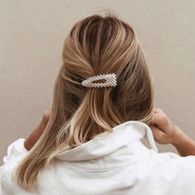 Load image into Gallery viewer, Chic Pearly Hair Clip Gold