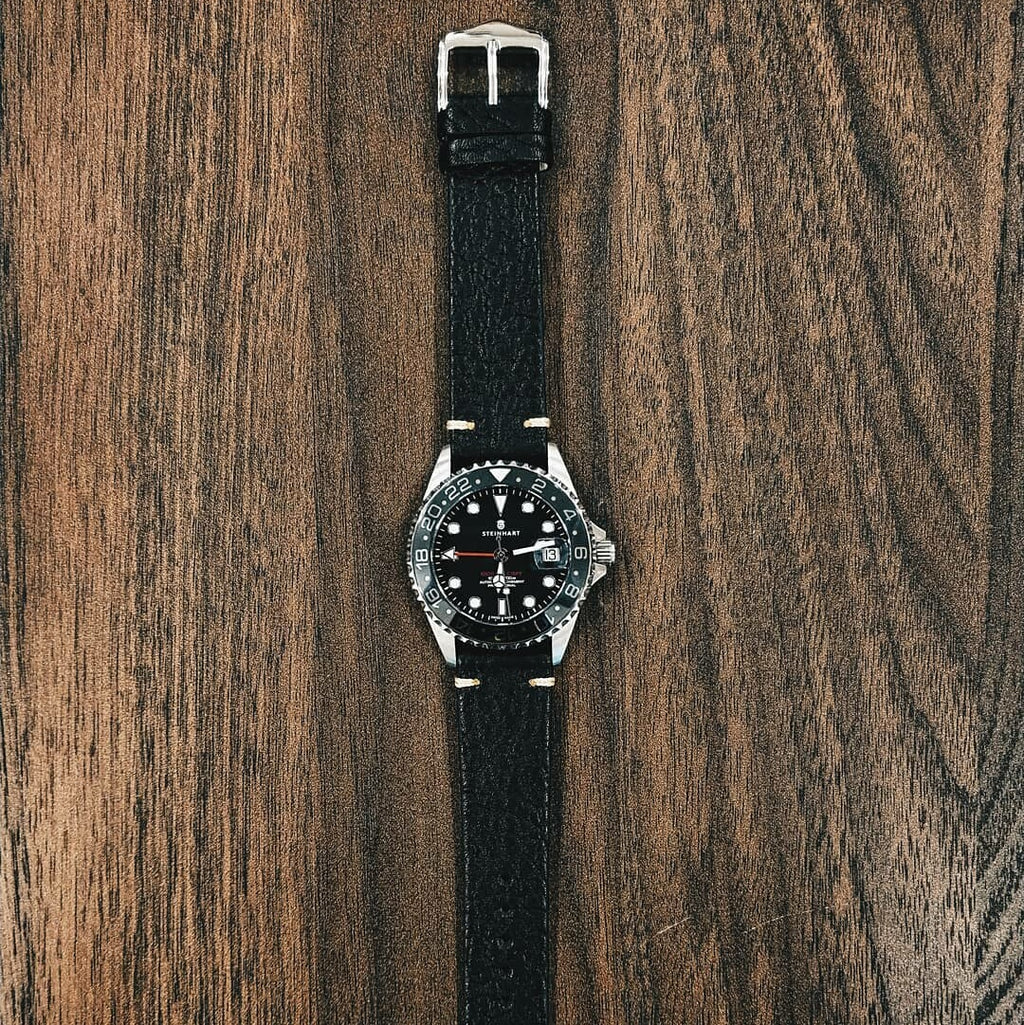 Premium Vintage Calf Leather Watch Strap in Distressed Black (22mm)