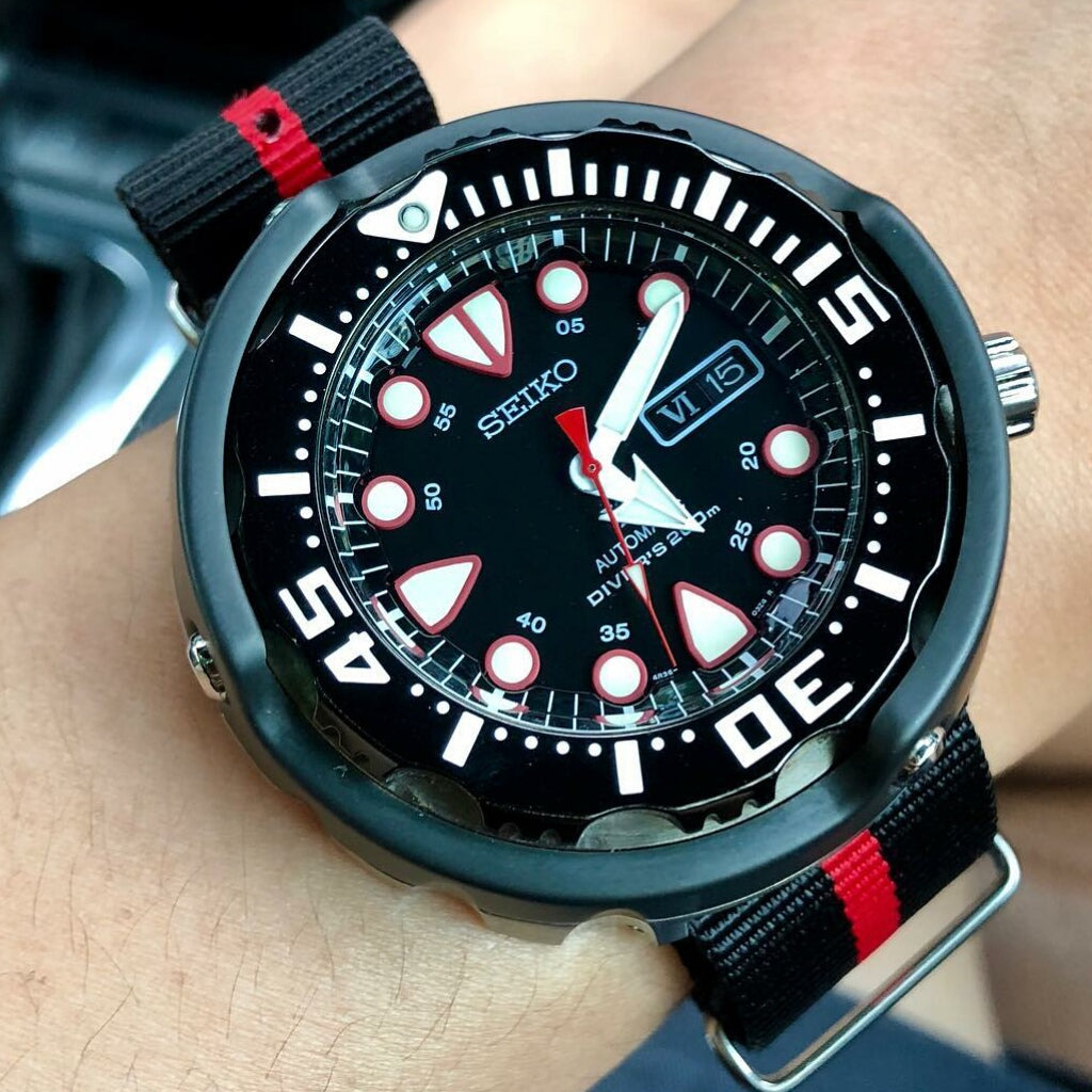 Premium Nato Strap in Black Center Red with Polished Silver Buckle (22mm)