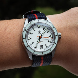 Lux Single Pass Strap in Navy Red with Silver Buckle (22mm)