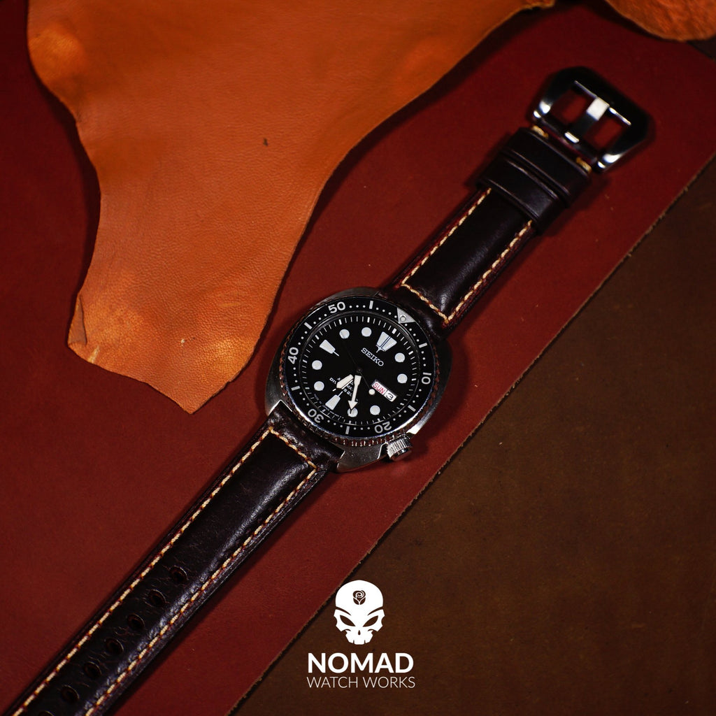 M2 Oil Waxed Leather Watch Strap in Maroon (22mm)