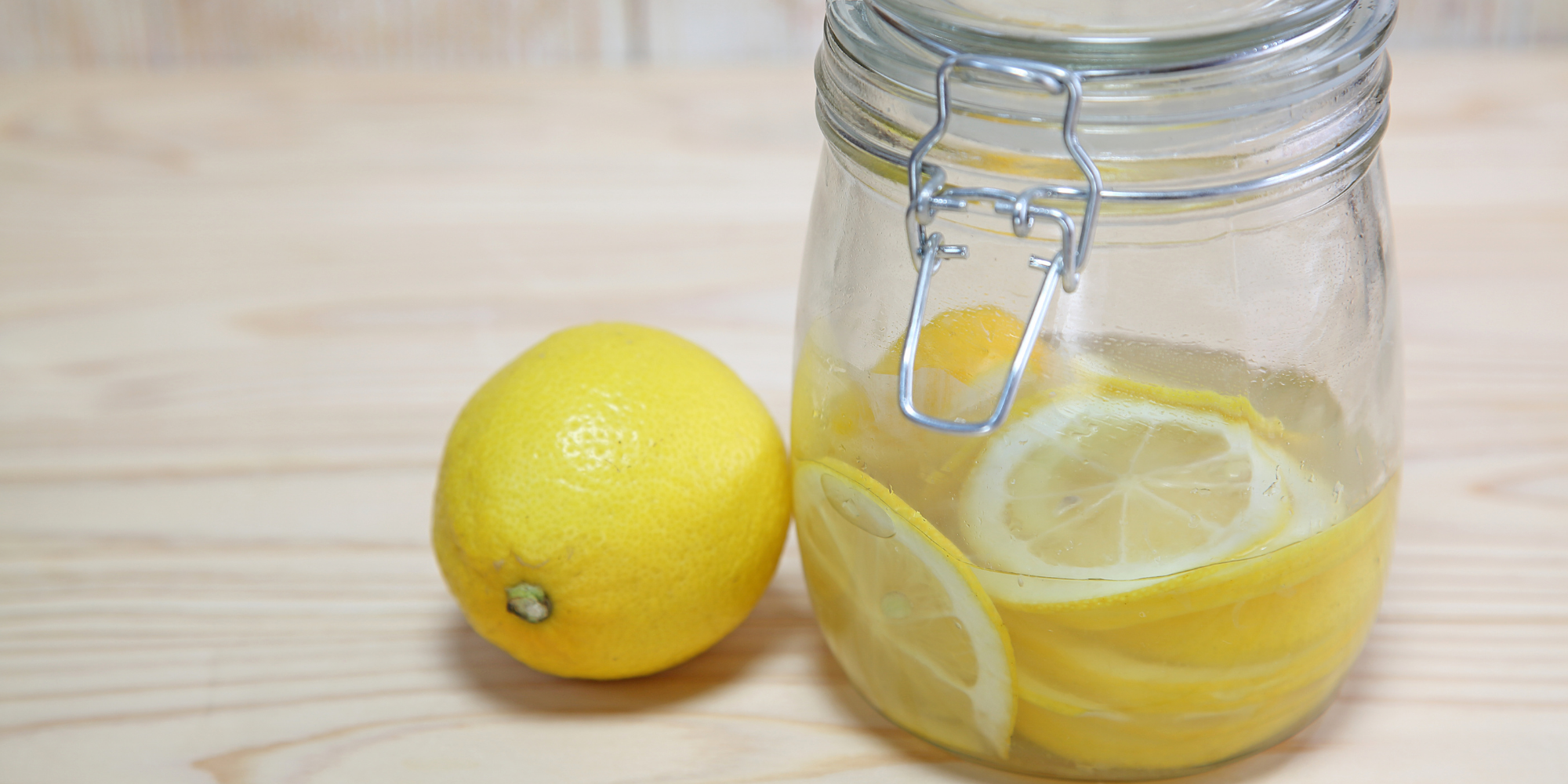 Lemon juice to remove stains from menstrual cup