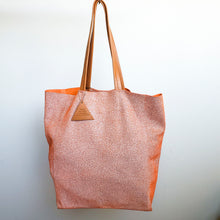 Load image into Gallery viewer, Sorial Pebble Print Leather Tote Bag