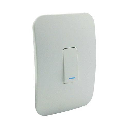VETi 1 One Lever Two-Way Light Switch with Locator - White Module