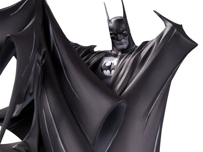 (Mc Farlane) (Pre-Order) Batman Black and White by Todd McFarlane Version 2 Deluxe Statue - Deposit Only