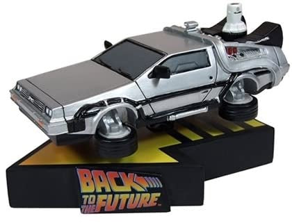 (NECA) (Pre-Order) Back to the Future Part II DeLorean Motion Statue - Deposit Only