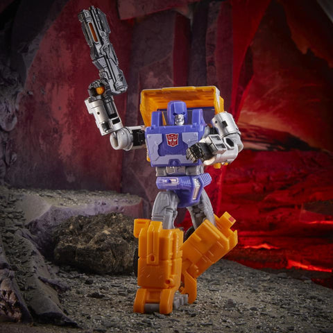 Image of (Hasbro) Transformers Generations WFC Kingdom Deluxe Wave 2 Huffer Action Figure
