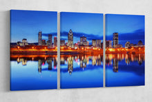 Load image into Gallery viewer, [canvas print] - Montreal skyline