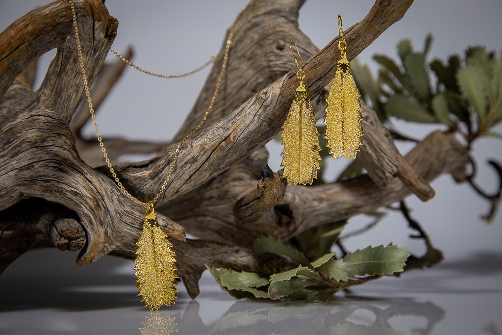 Gold Banksia Leaf Pendant & Earrings Set