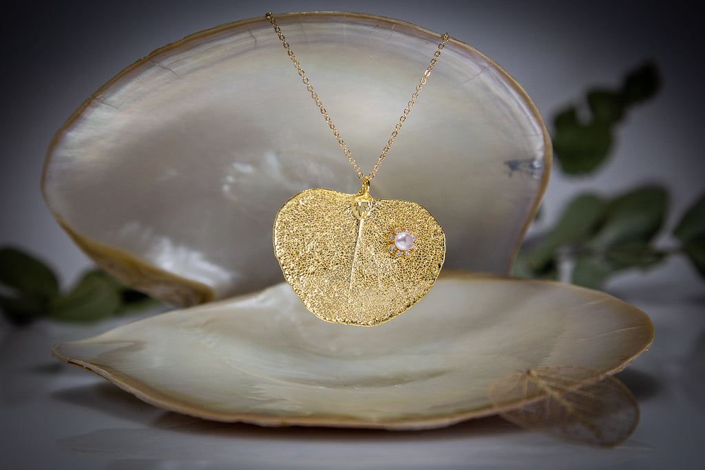 Pearl & Sparkling Zirconia on Apple Gum Eucalyptus Leaf Gold Pendant