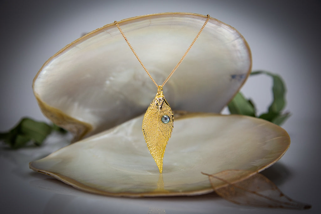 Pearl on Eucalyptus Leaf Gold Pendant & Pearl Earrings