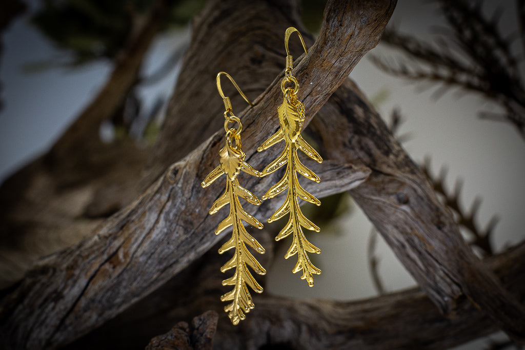 Grevillea Leaf Gold Brooch & Earrings Set