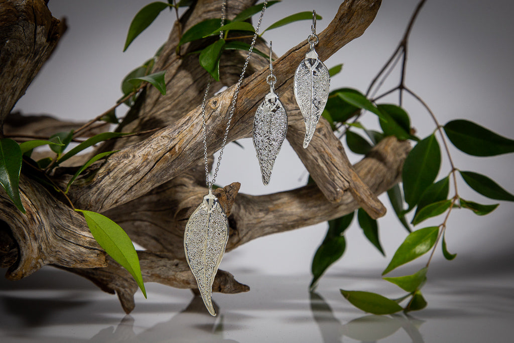 Silver Lilly Pilly Leaf Pendant & Earrings Set