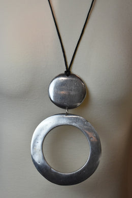 Vestopazzo Circle Necklace