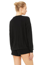 Load image into Gallery viewer, Alo Soho Pullover Black