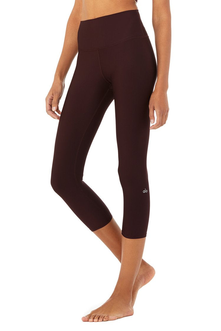Alo High-Waist Airlift Capri Oxblood