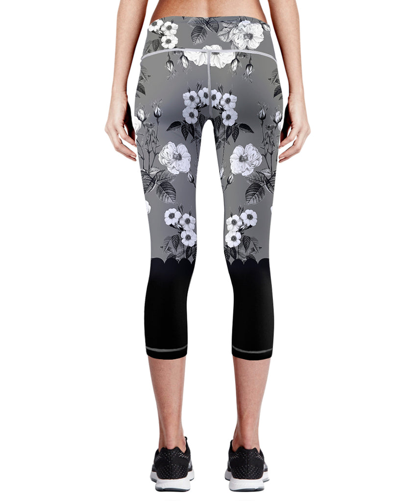 gray&white flower pattern design capri pants for women