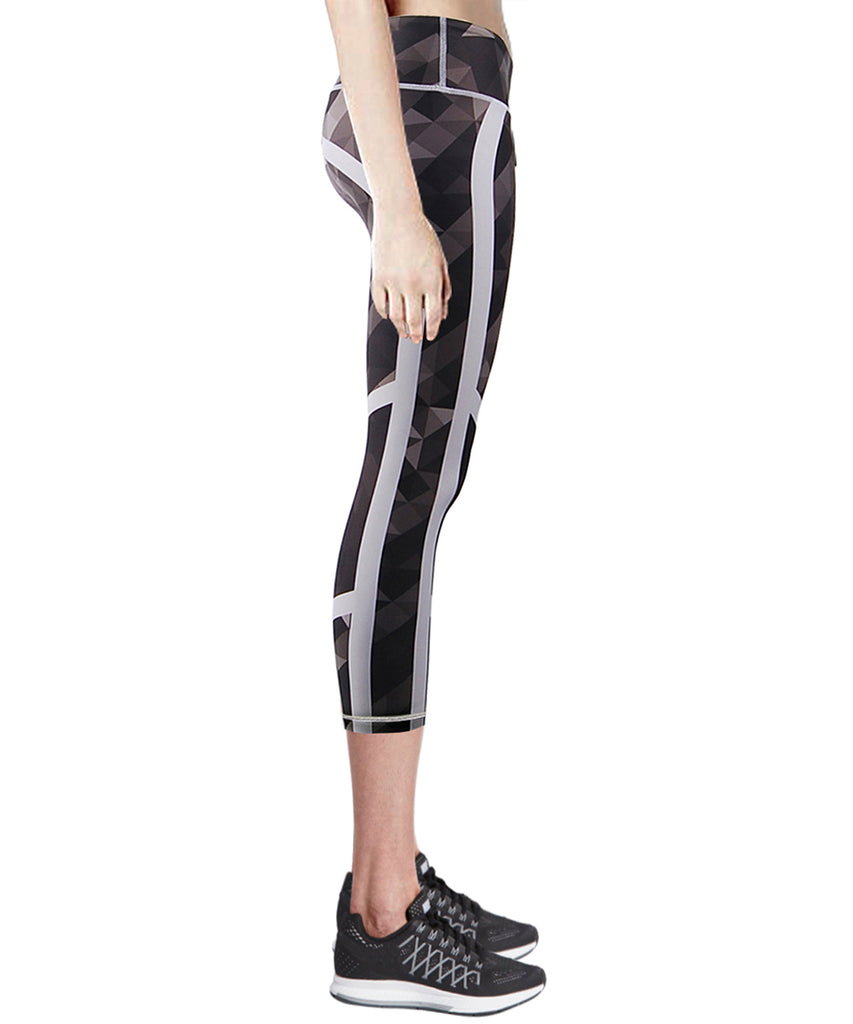 black compression capri leggings