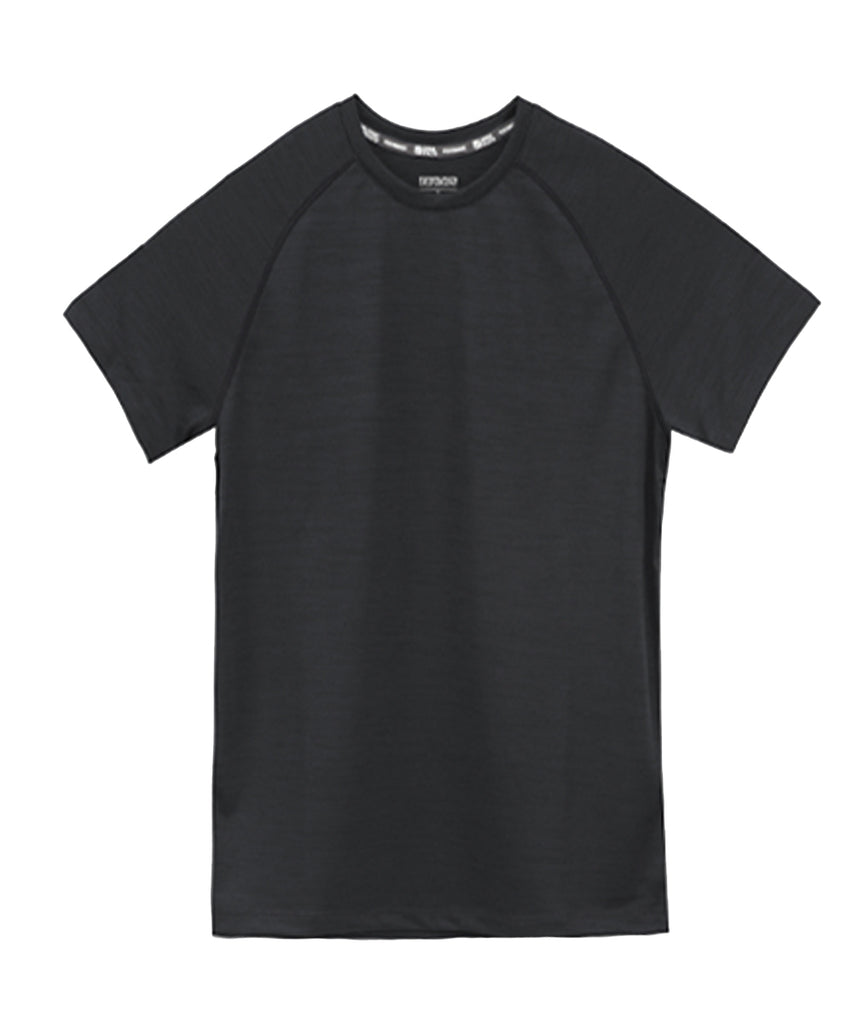 black T-shirt short sleeve