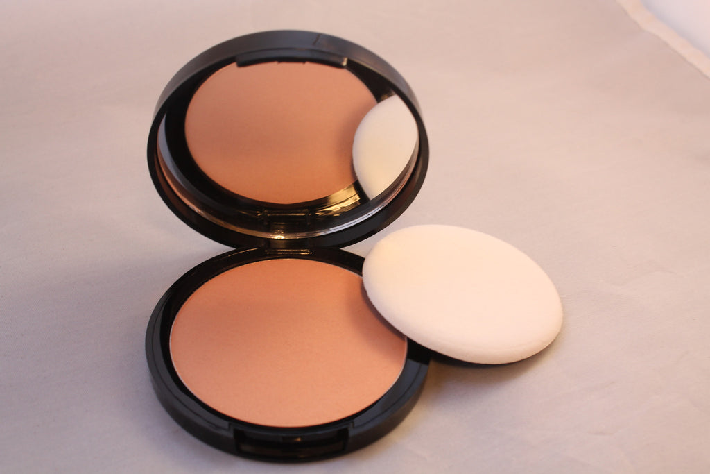 Medium Beige Dual Action Powder Compact