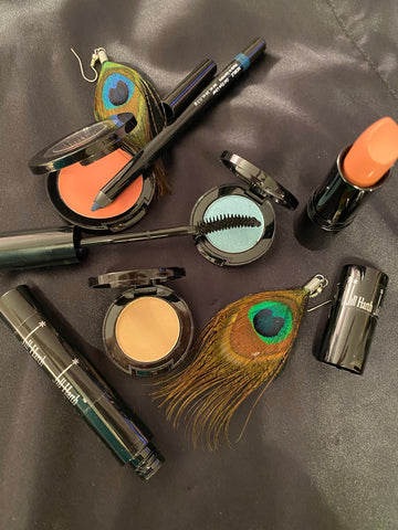 PEACOCK EYES Makeup Kits