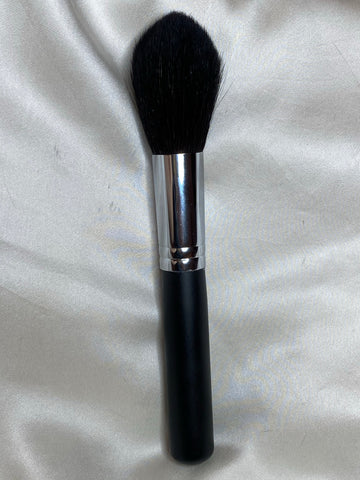 Large Pointed Powder Brush  C401