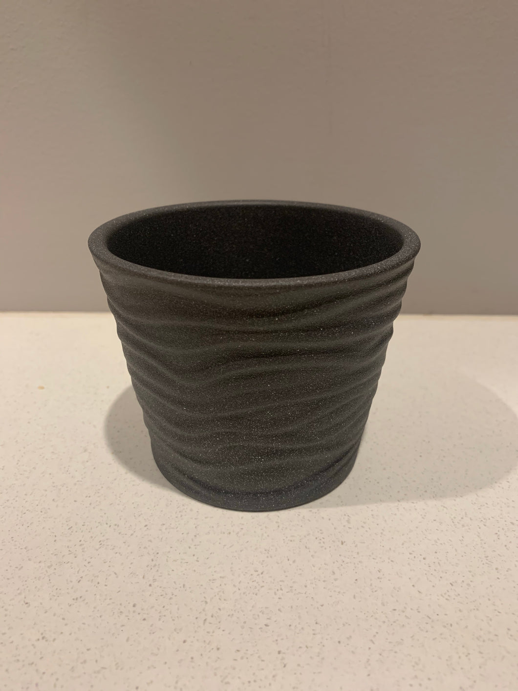 Small planter pot