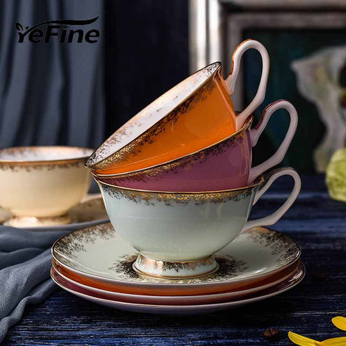 Porcelain Tea Cups (+ Saucers)